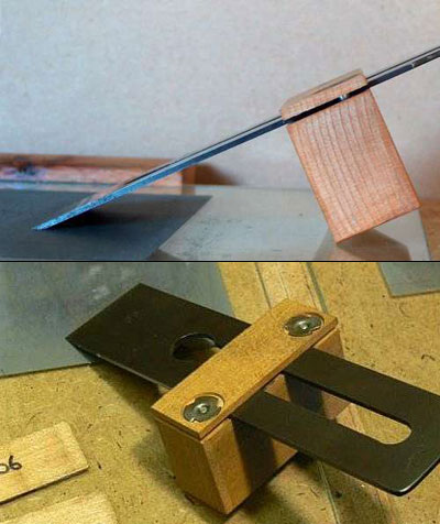 Приспособление для заточки стамесок и ножей рубанков