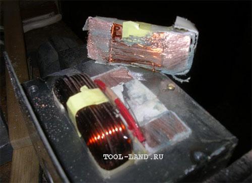 Срезанная ножовкой вторичная обмотка трансформатора