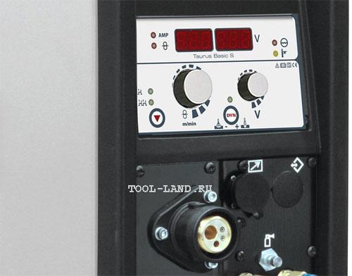 Сварочный полуавтомат с цифровой индикацией силы тока и напряжения